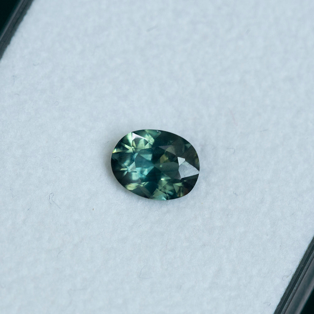 1.42CT OVAL NIGERIAN SAPPHIRE, TEAL BLUE GREEN, UNHEATED, 7.6X5.8MM