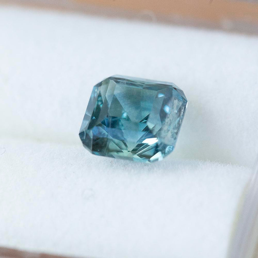 1.50CT SQUARE RADIANT CUT MONTANA SAPPHIRE, PARTI BLUE TEAL, 6x5.9MM
