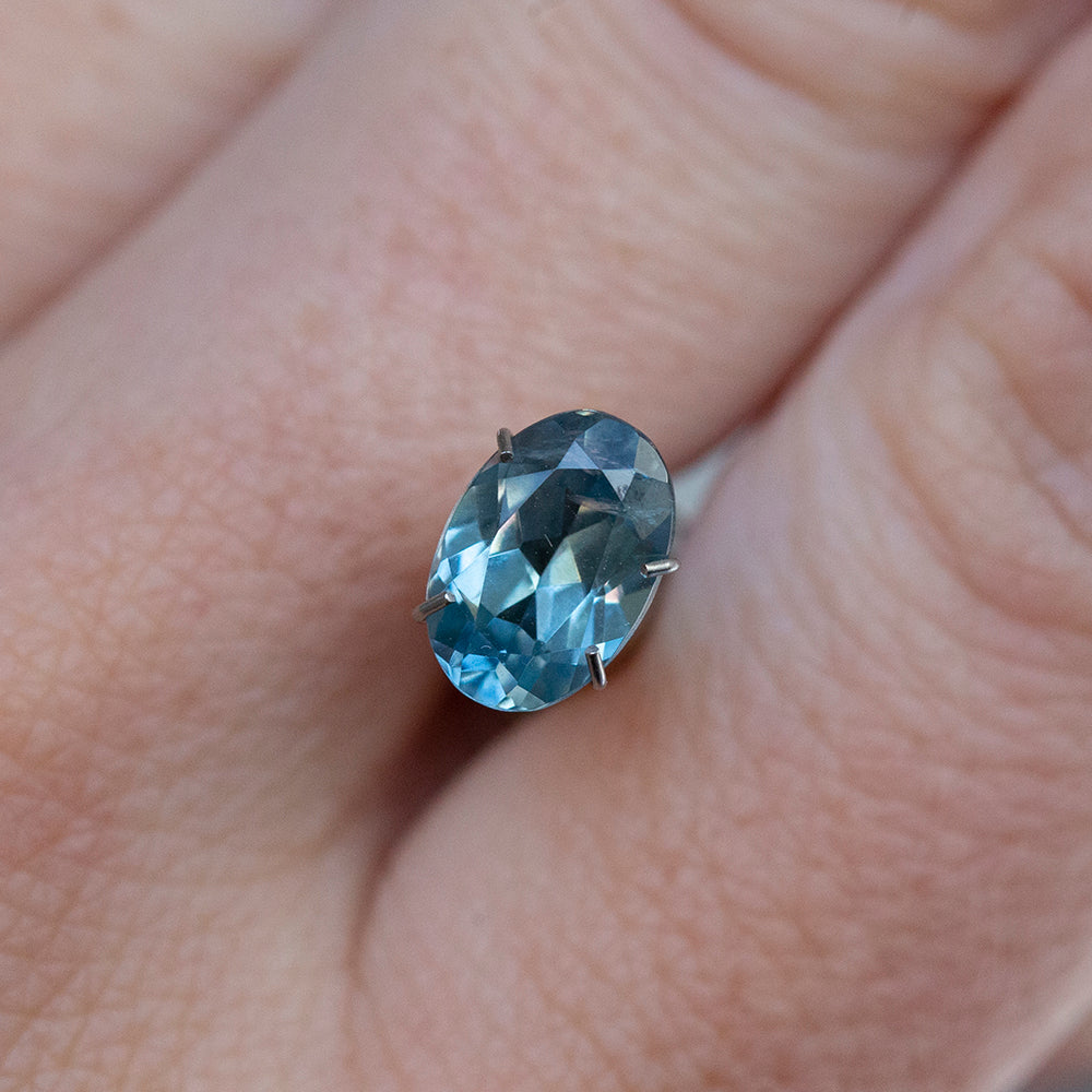 1.58CT OVAL MONTANA SAPPHIRE, LIGHT SKY BLUE, 8.51X5.88MM