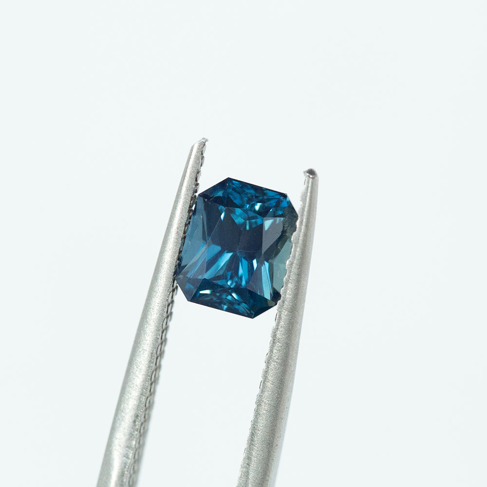 1.69CT RADIANT CUT MADAGASCAR SAPPHIRE, MEDIUM TEAL BLUE, 6.78X5.62MM