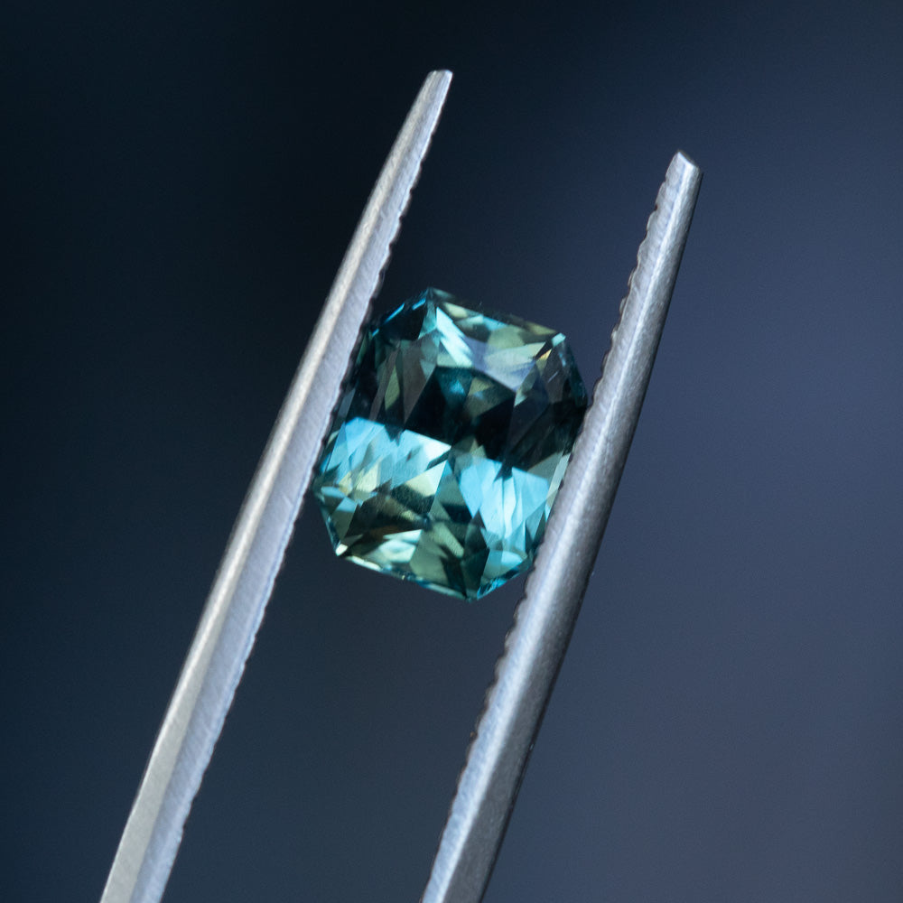 1.70CT RADIANT CUT MADAGASCAR SAPPHIRE, TEAL BLUE GREEN, 7.31X6.00MM, UNTREATED