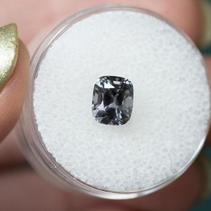 1.92CT CUSHION SPINEL, DEEP SILVER GREY WITH PURPLE, UNHEATED, 7.2X6MM