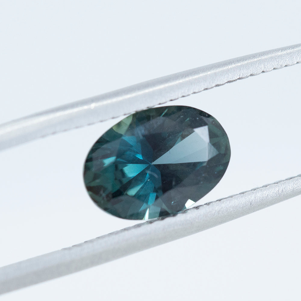 1.93CT OVAL NIGERIAN SAPPHIRE, TEAL BLUE GREEN, UNHEATED, 9.23X6.53MM