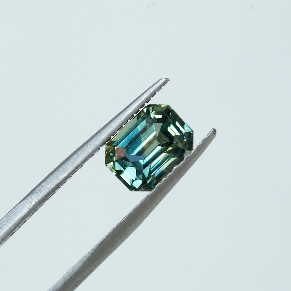 2.50CT EMERALD CUT MADAGASCAR SAPPHIRE, PARTI BLUE GREEN YELLOW, 8.07X6.07MM, UNHEATED