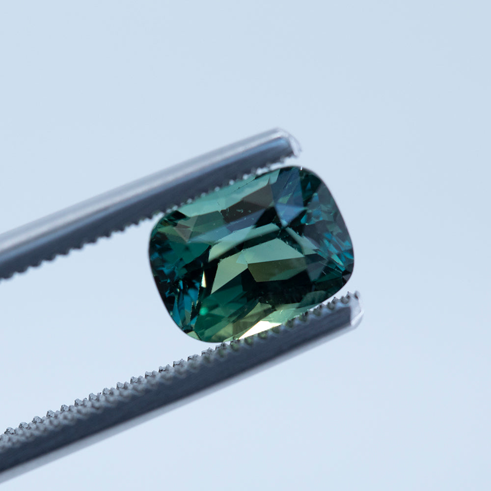 2.73CT ELONGATED CUSHION CUT MADAGASCAR SAPPHIRE, GREEN WITH TEAL, UNHEATED, 8.76X6.66MM