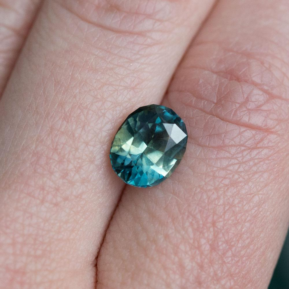 3.09ct Madagascar Oval, Parti Blue Green Yellow, Great Clarity, Heated, 9.41x7.58mm
