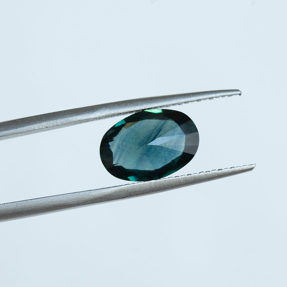 3.65CT OVAL NIGERIAN SAPPHIRE, DEEP TEAL BLUE, UNHEATED, 12X9.3MM