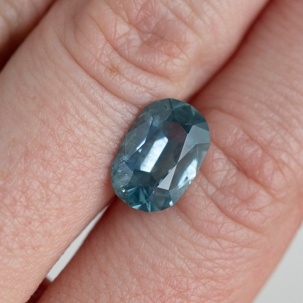 WALLY MEMO 4.25CT ELONGATED CUSHION MONTANA SAPPHIRE, MEDIUM TEAL BLUE, 8.18x11.9MM