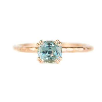 Double Prong Evergreen Solitaire - Setting