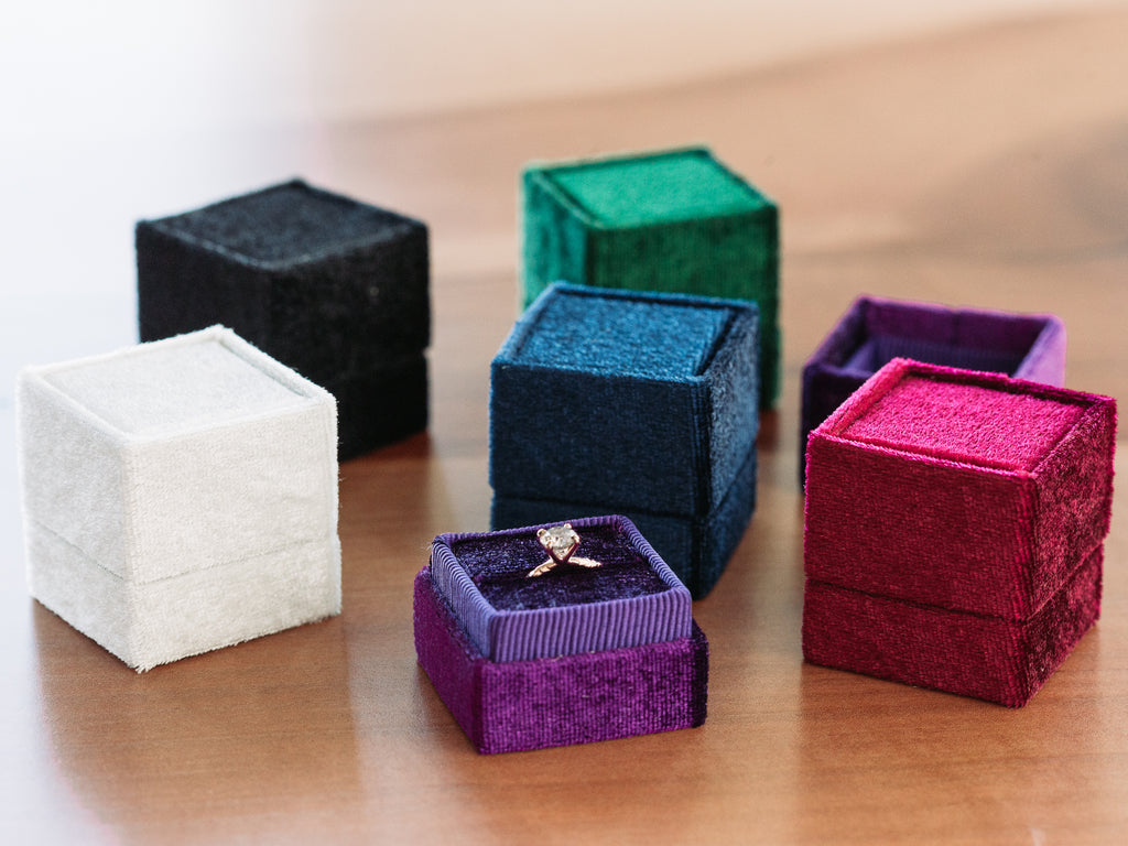 Anueva Jewelry Ring Box