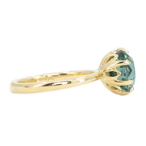 3.18ct Oval Sapphire Lotus Six Prongs Solitaire In 18k Yellow Gold
