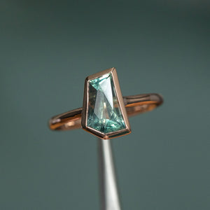 2.11ct Geometric Montana Sapphire Contemporary Bezel Ring in 14k Rose Gold