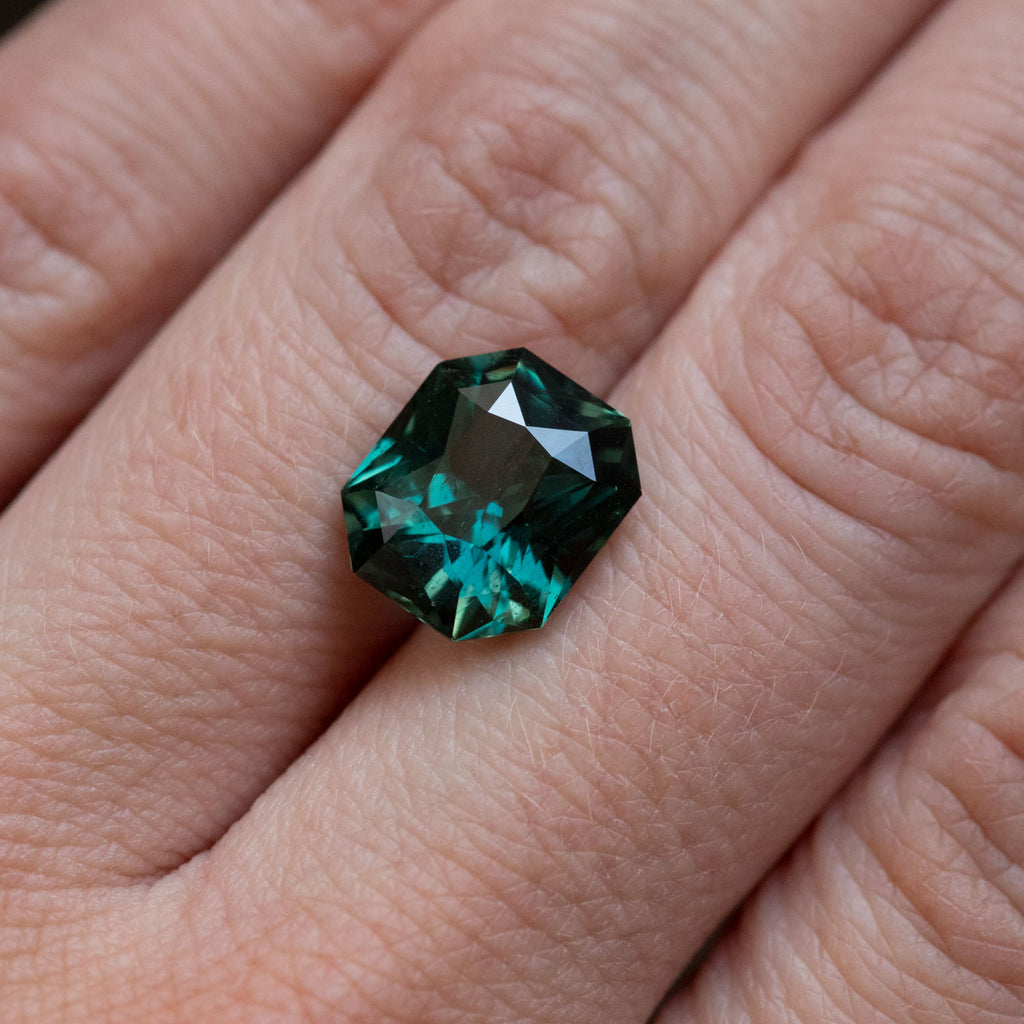 5.57CT GIA MODIFIED RADIANT CUT AFRICAN SAPPHIRE, DEEP TEAL, UNTREATED, 10.9X9.5MM