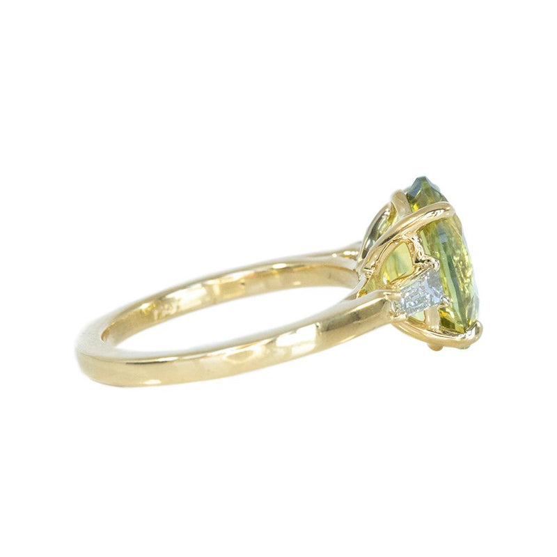 4.21ct Oval Parti Sapphire and Tapered Baguette Diamond Ring in 18k Yellow Gold