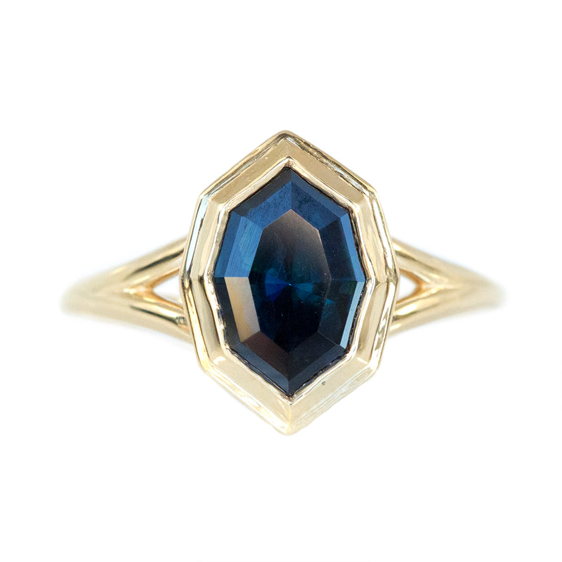 1.74ct Bezel Set Geometric Oval Sapphire Split Shank Ring in 18k Yellow Gold