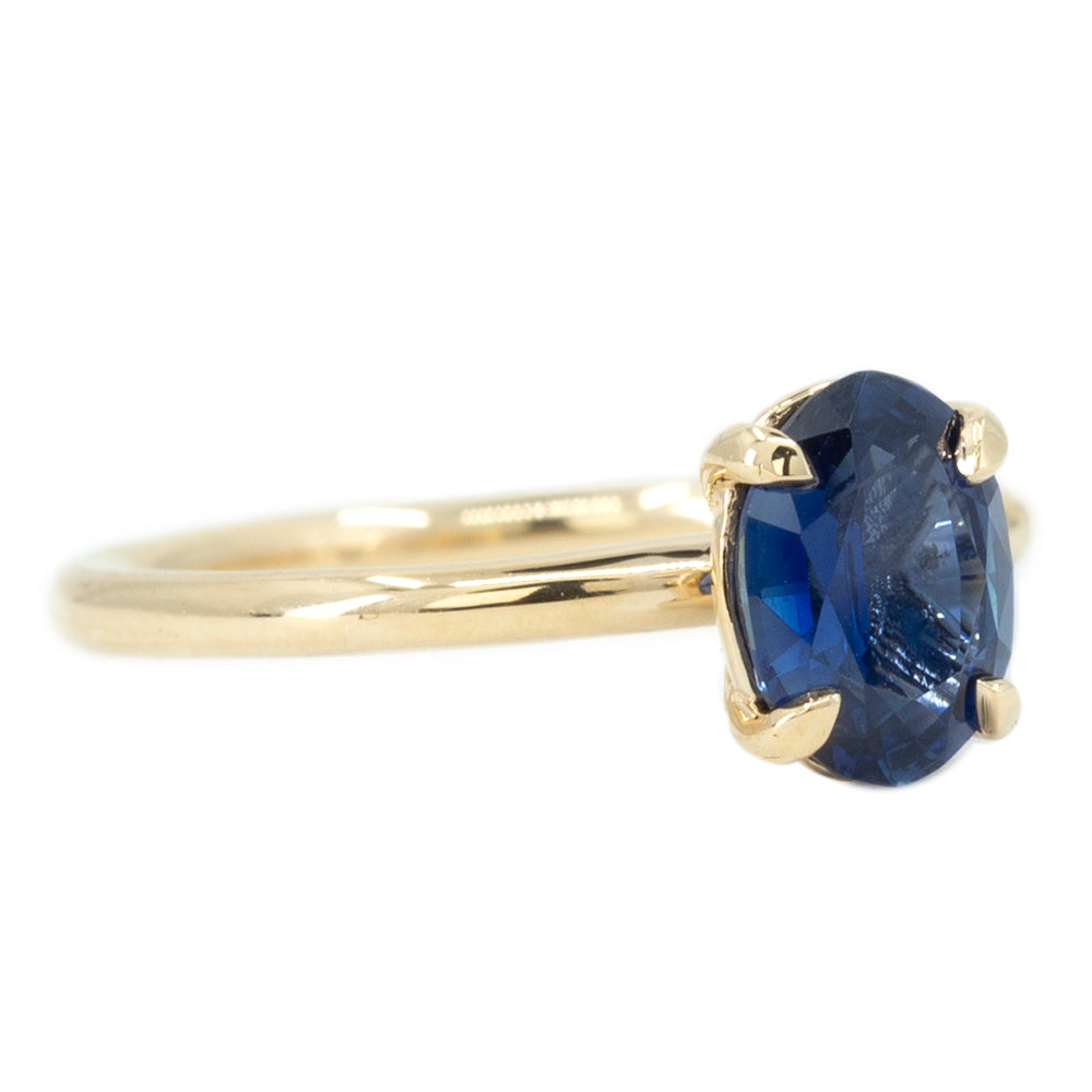 1.53ct Oval Royal Blue Sapphire Solitaire Ring In 14K Yellow Gold