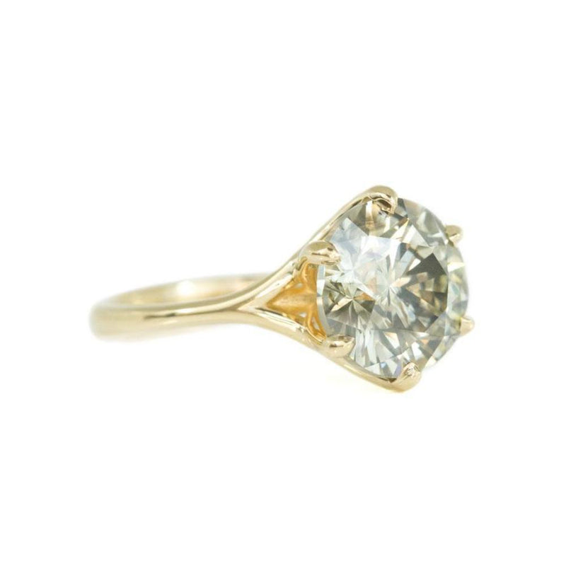 5.03ct Round Grey Green Champagne Brilliant Diamond in Yellow Gold Six Prong Setting