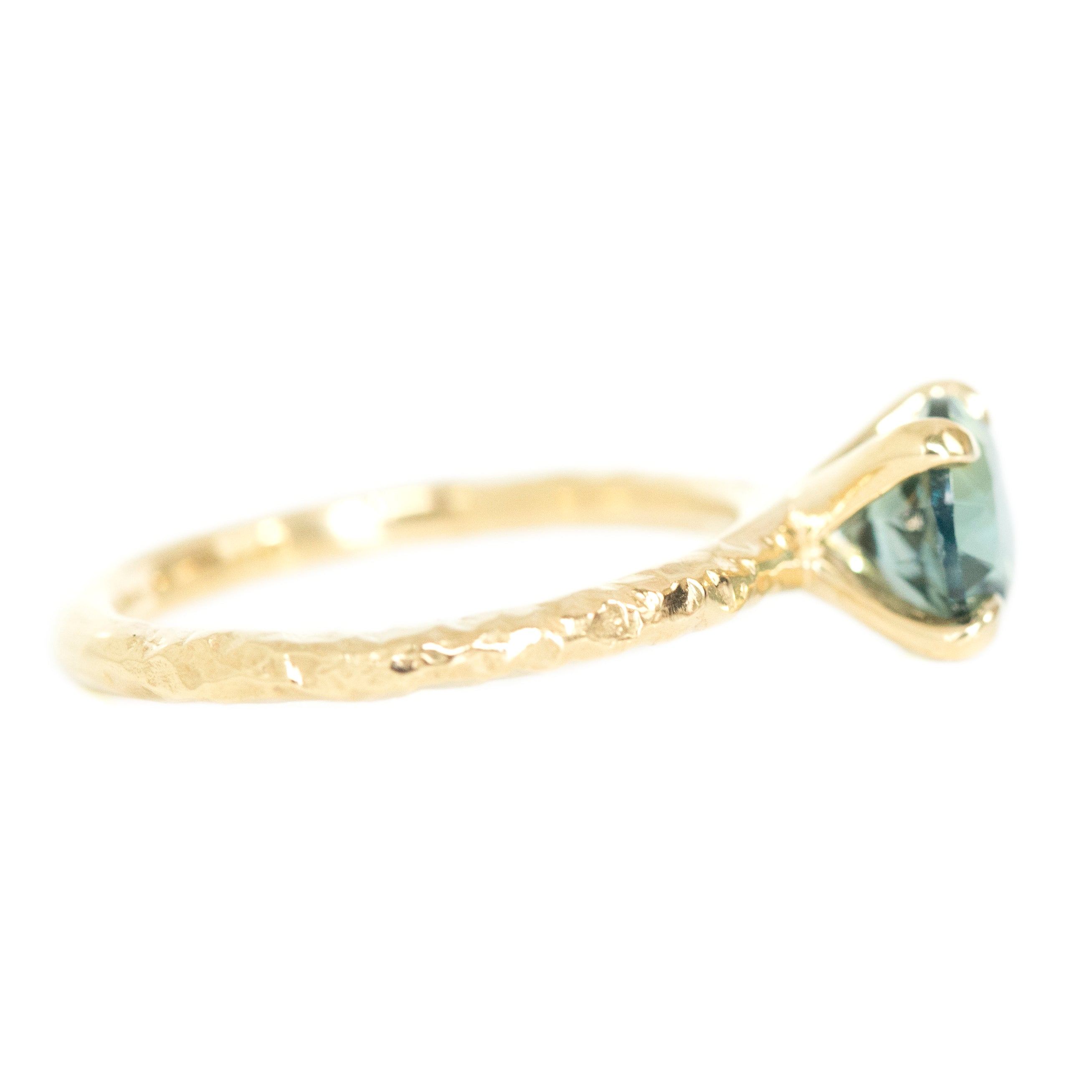 1.60ct Round Sapphire Solitaire In 14k Yellow Gold Evergreen