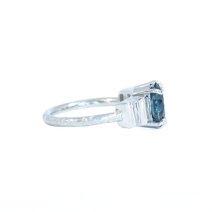 Art Deco 2.69ct Oval Montana Sapphire and Baguette Diamond Ring in Platinum