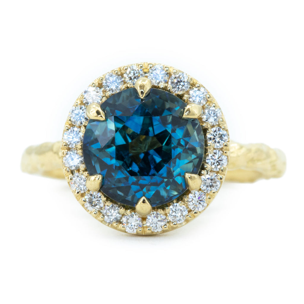 4.27ct Blue Madagascar Sapphire Six Prong Halo Evergreen Ring in 18k yellow gold