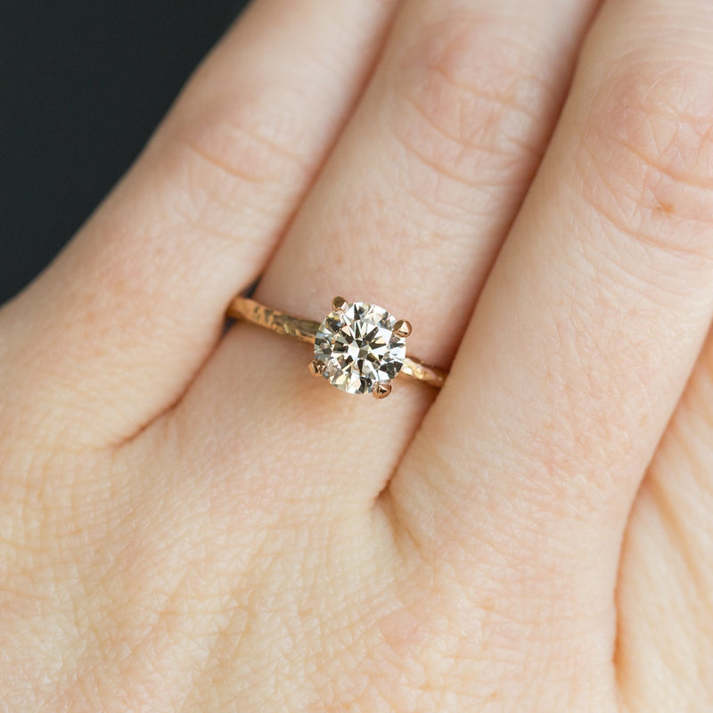 1.02ct Clear Champagne Round Diamond in 18k Rose Gold Evergreen Solitaire