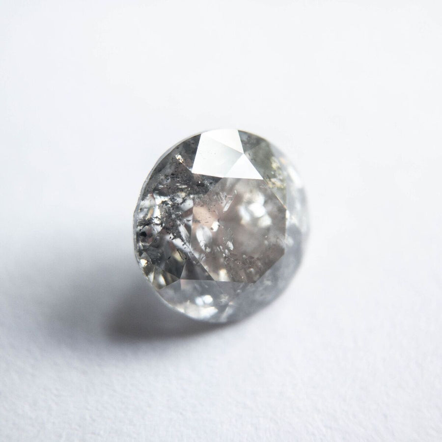 1.53ct round brilliant grey salt and pepper diamond, 7.06x6.97mm
