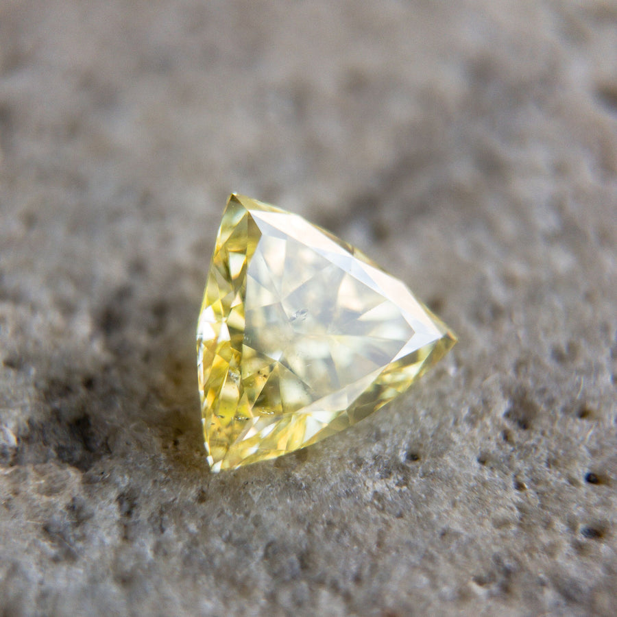 0.46ct 5.49x5.49x2.43mm Trillion Cut - F-116 - Dream Diam Exclusive