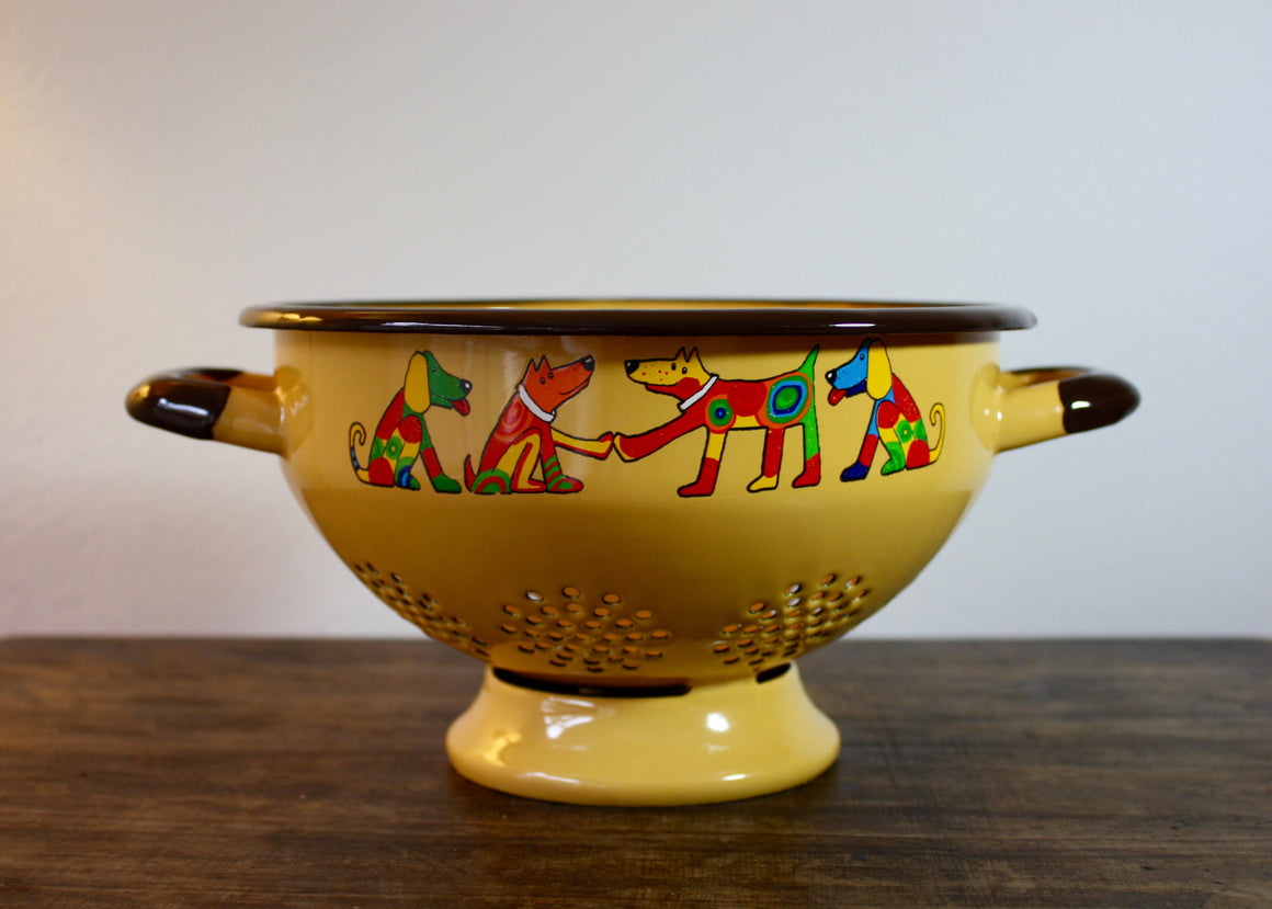 Colander yellow * dogs | Rainbow Tongue Enamelware