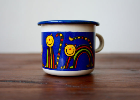 Enamel mug 110ml with blue cats(cream) | Rainbow Tongue Enamelware