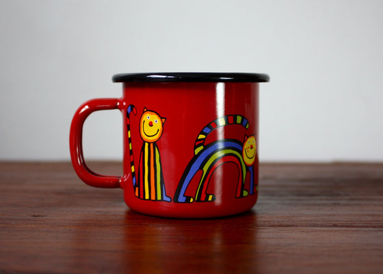 Enamel mug 110ml with curved cats (red) | Rainbow Tongue