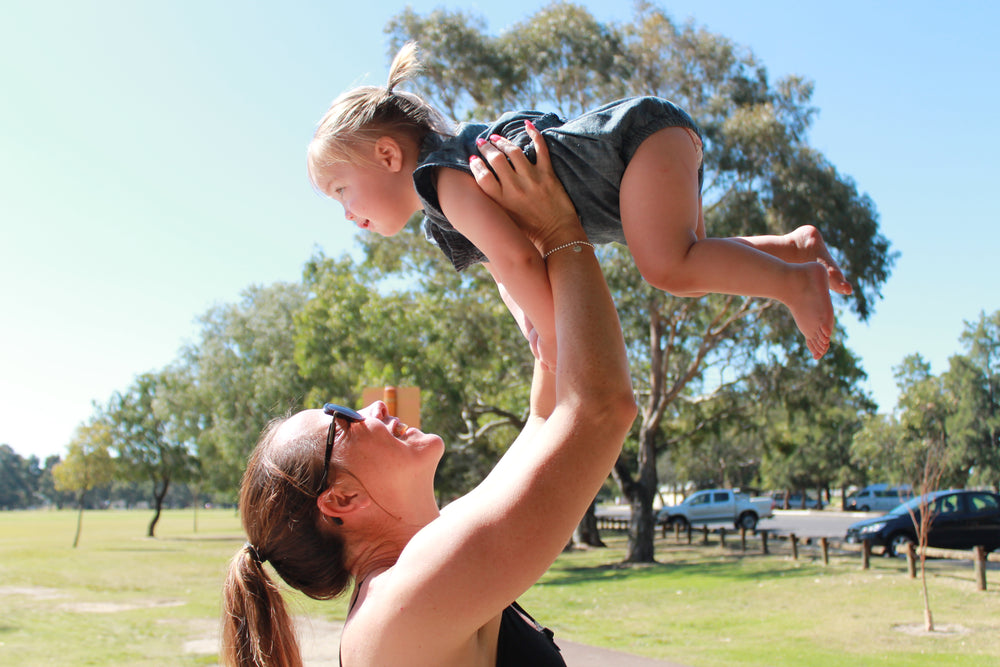 Why We Shouldn't Lift Your Arms Above Your Head During Pregnancy- MYTH?!?!!