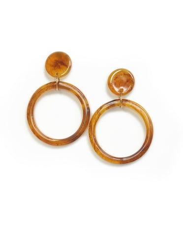 Peyton Acrylic Hoop Earrings (Brown)