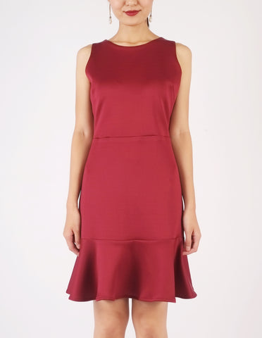 Elle Flounce Hem Dress (Maroon)