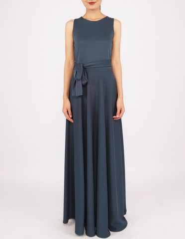 Heloise Long Dress with Sash (Bottle Green)