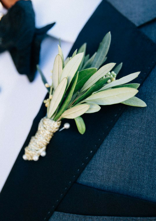 Boutonniere - Bailey