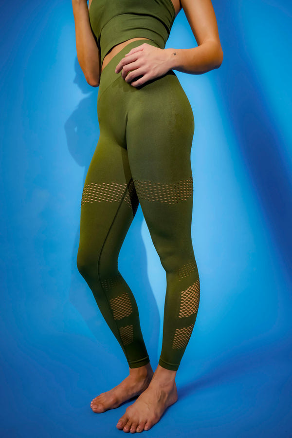 No Scratch! Power Leggings in Olive