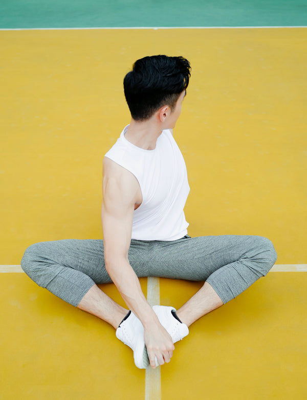 Broga Pants in Grey