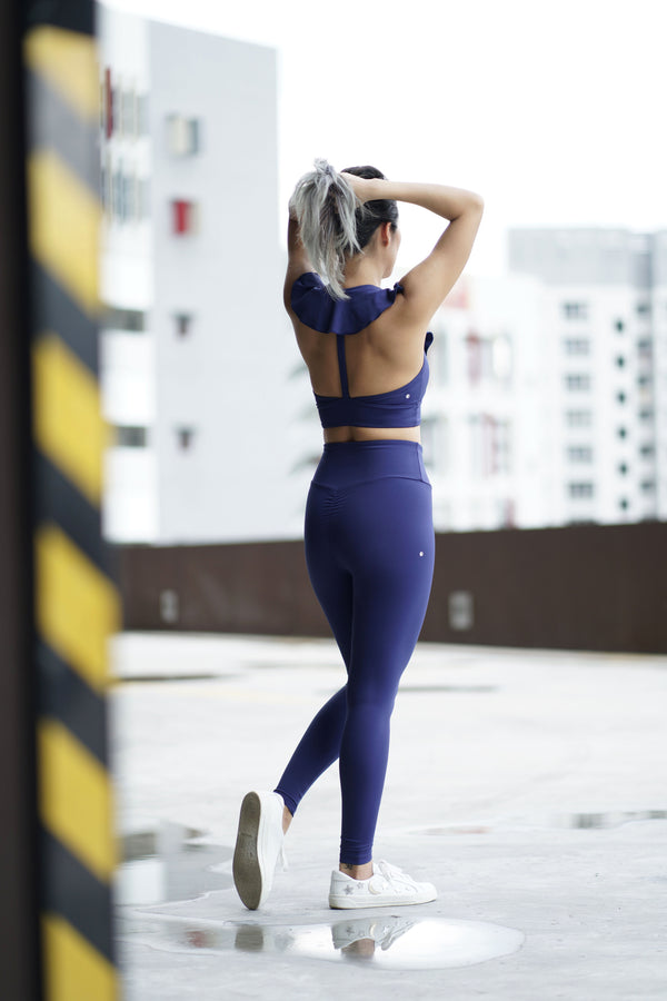Fluid Legging in Navy (Pre-Order)