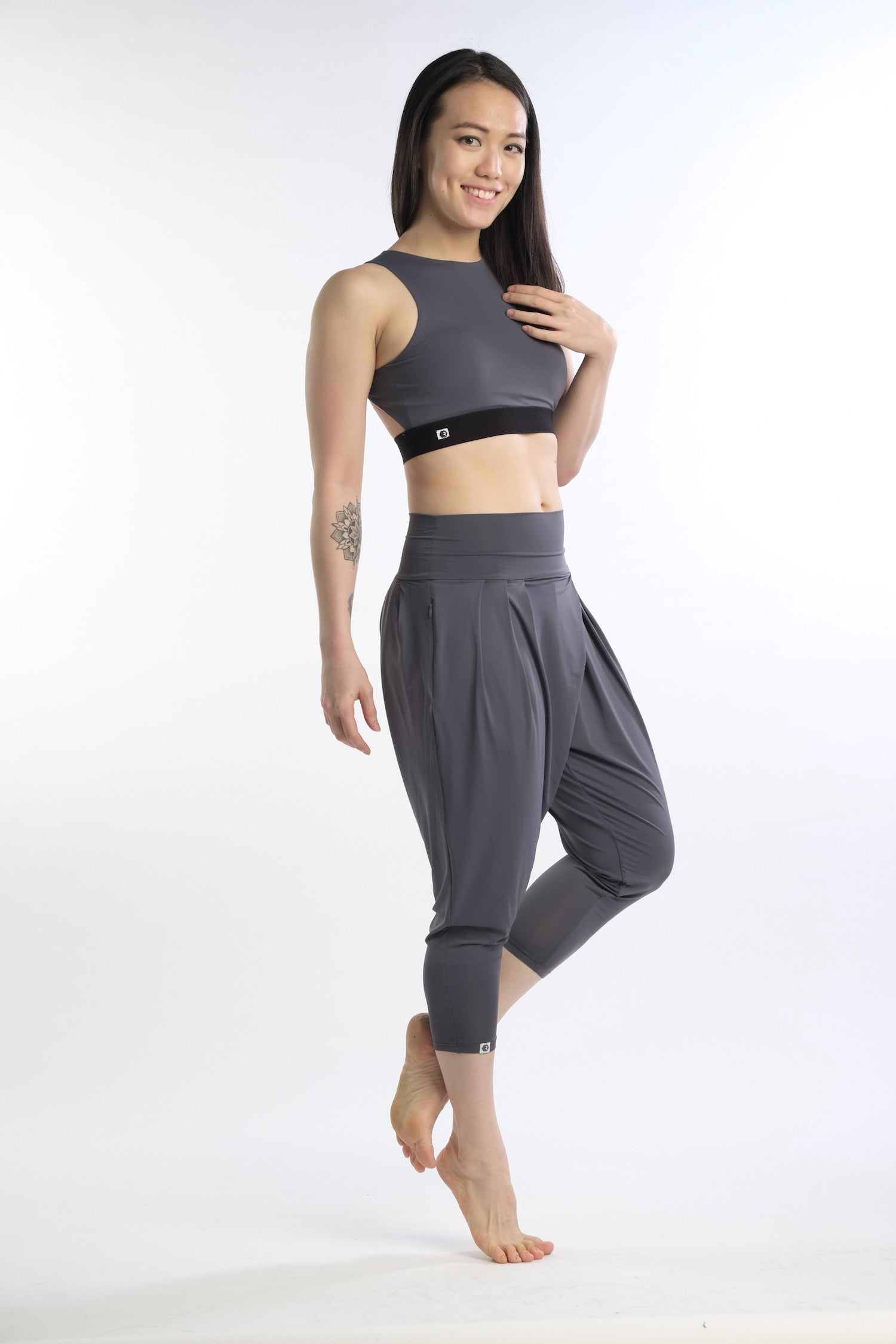 Ella Vibe&Flow Pants in Grey