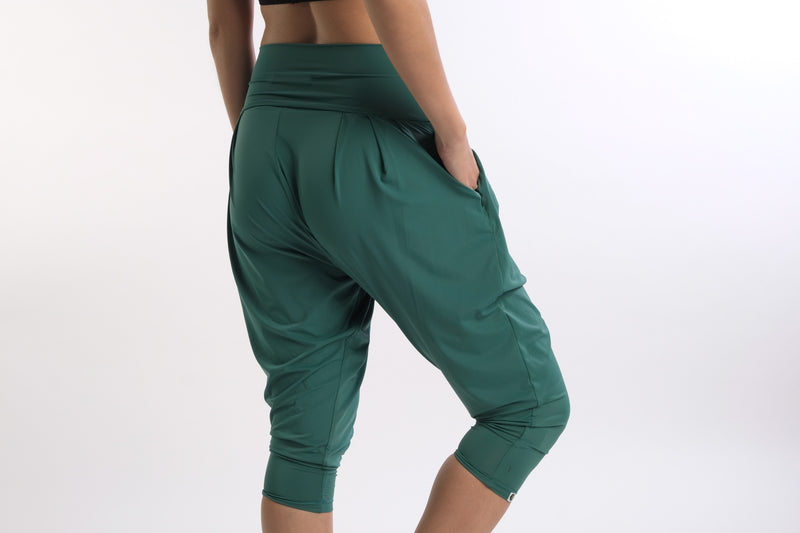 Ella Vibe&Flow Pant in Green - Rangoon Singapore