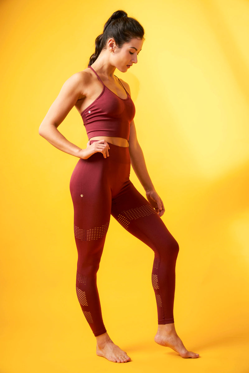 No Scratch! Power Leggings in Pinot