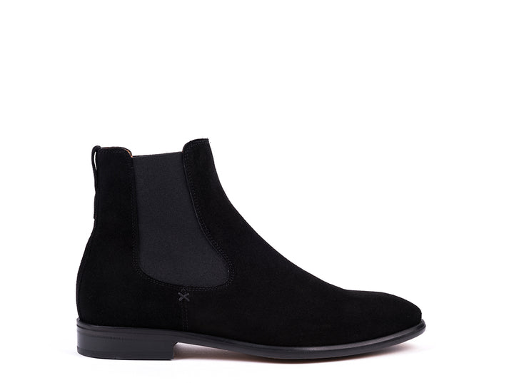 Boots // Black Suede