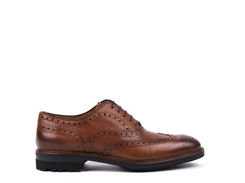 Brogue  // Camel Engraved Leather