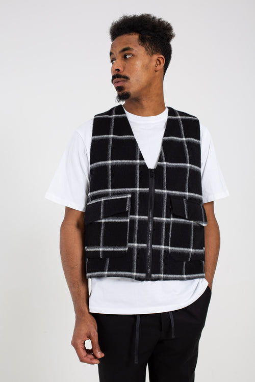 """JAKT"" BLACK WOOL VEST"