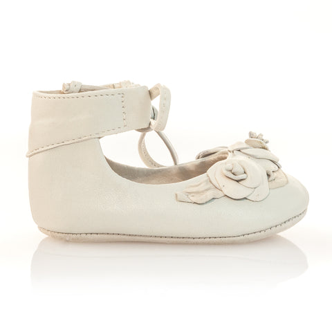 Vibys-Baby-Shoes-Ivory-Bloom-side-view