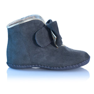 Vibys-Baby-Shoes-Puppy-Paws-Bow-Topped-Gray-side-view