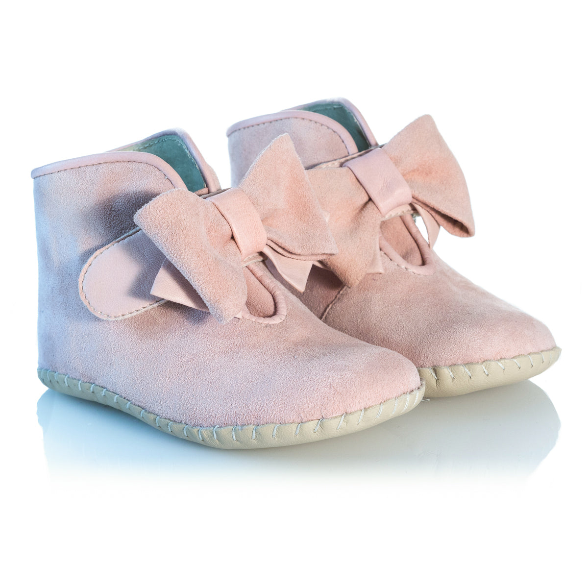 Vibys-Baby-Shoes-Puppy-Paws-Bow-Topped-Pink-pair-view