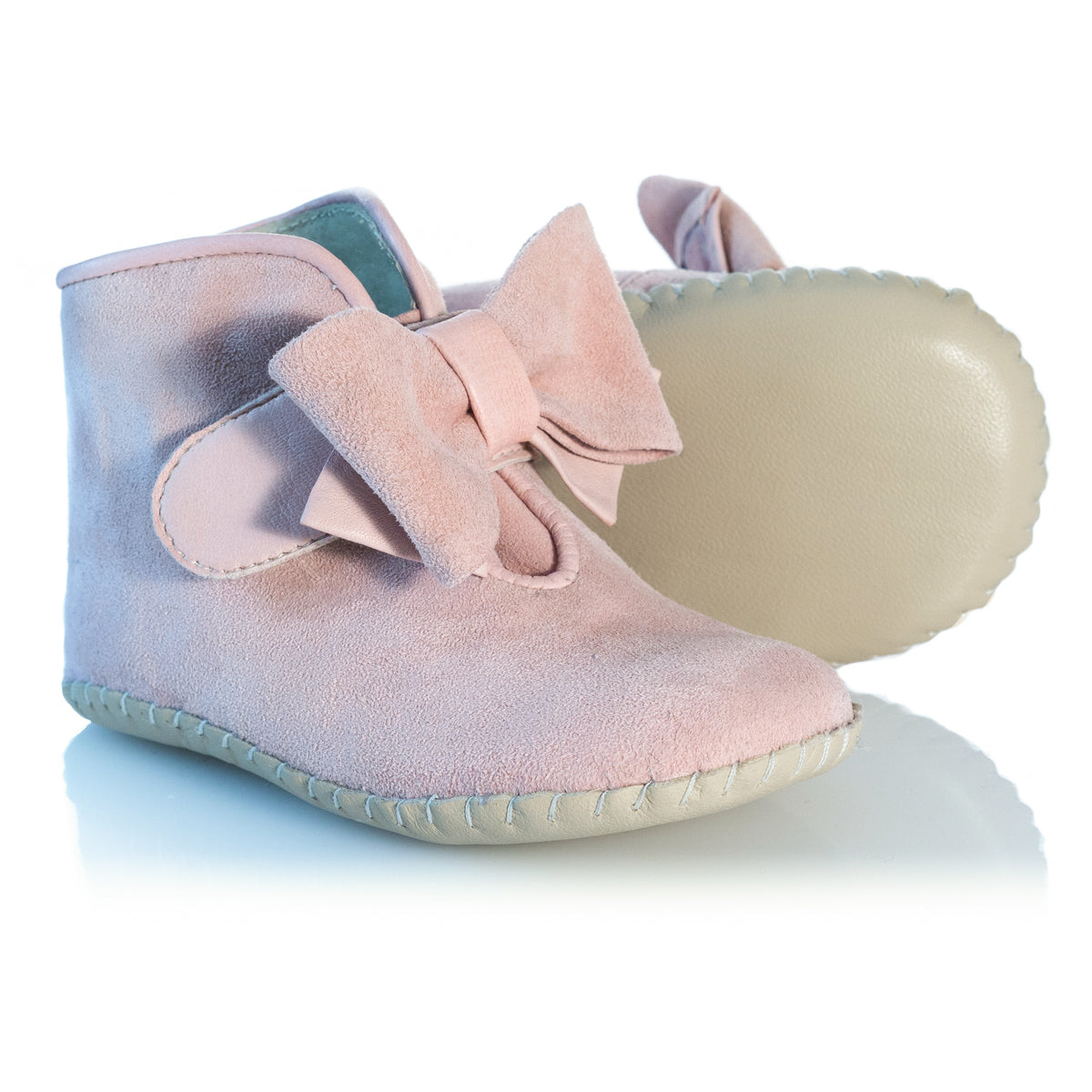 Vibys-Baby-Shoes-Puppy-Paws-Bow-Topped-Pink-sole-view