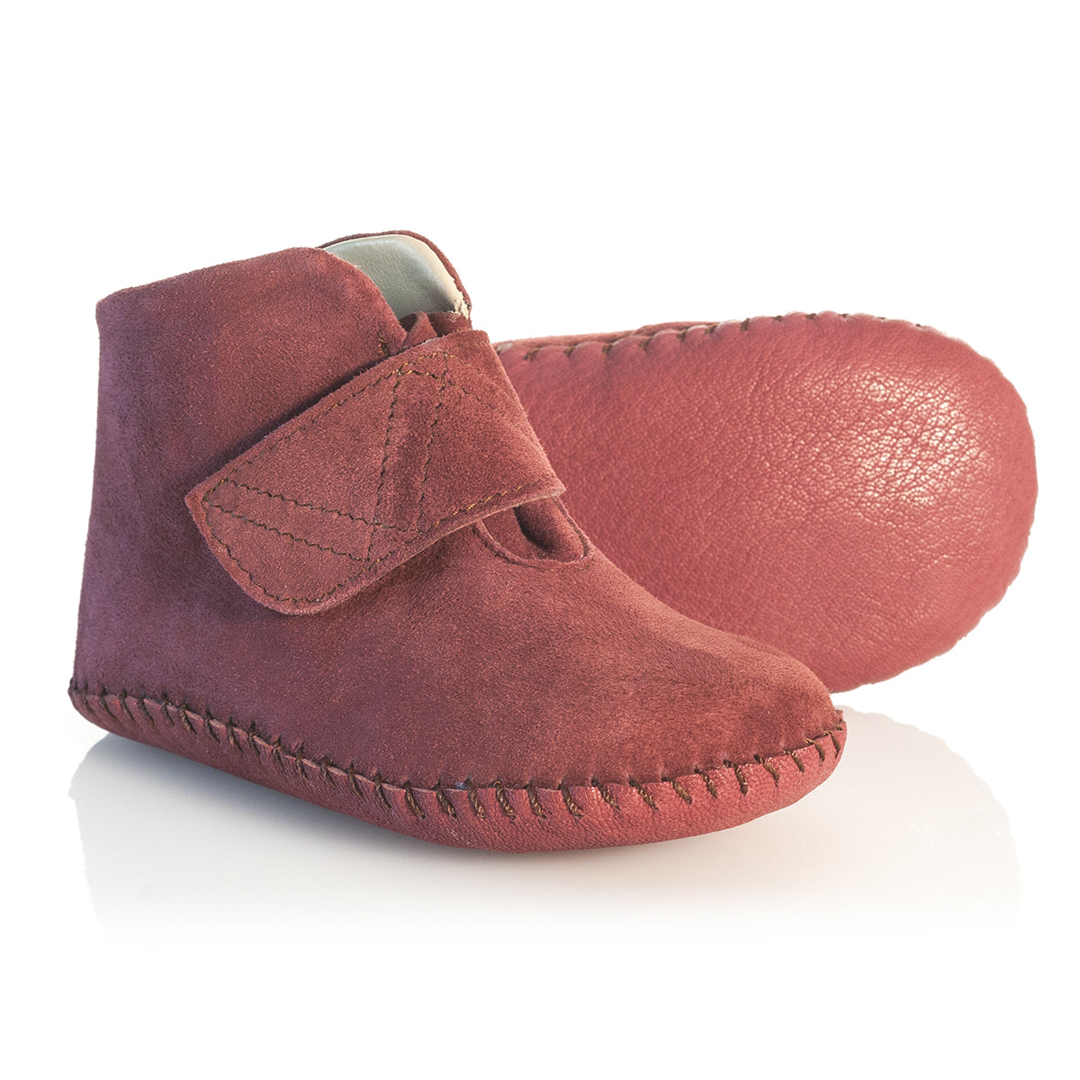 Vibys-Baby-Shoes-Puppy-Paws-Burgundy-sole-view