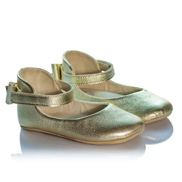 Vibys-Barefoot-Gold-Leather-Girl-Mary-Janes-Daphne-Gold-pair-view